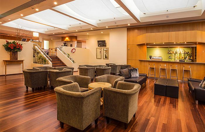 LoungeBar_Crowne_Plaza_Perth_700x450